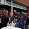 Loi 10 : des manifestants chez le ministre Pierre Moreau