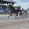 Courses de chevaux – L'annonceur Jean Desautels à Ormstown