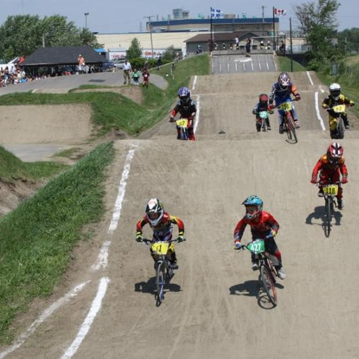 Velos-BMX-Championnat-2011-est-du-Qc-Photo-FQSC-publiee-par-INFOSuroit-com_
