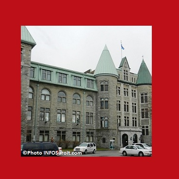 College-de-Valleyfield-de-profil-avec-carre-rouge-Photo-INFOSuroit-com_