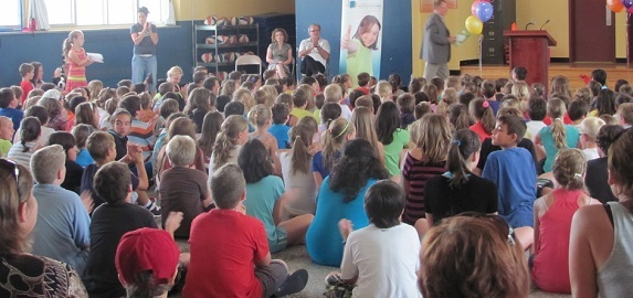 Beauharnois-Ecole-St-Paul-inauguration-parc-ecole-Photo-publiee-par-INFOSuroit-com_