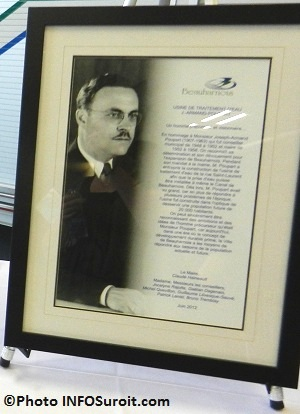 Devoilement-Beauharnois-plaque-J-Armand-Poupart-Photo-INFOSuroit-com_
