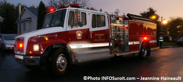 Grande-Evacuation-Camion-de-pompiers-Service securite-incendie-Valleyfield-Photo-INFOSuroit-com_Jeannine-Haineault