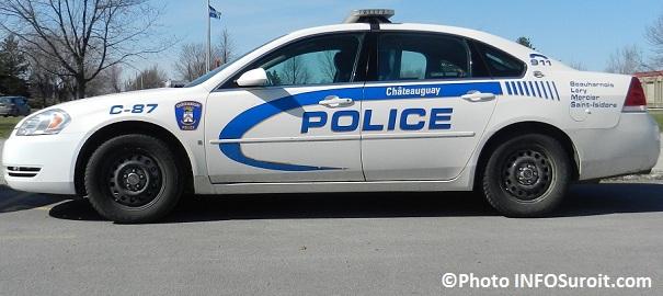 autopatrouille-de-profil-Police-de-Chateauguay-Photo-INFOSuroit-com_