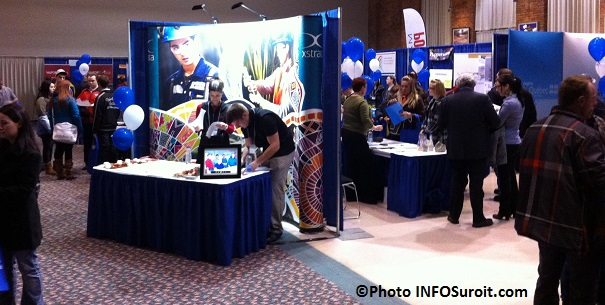 Salon-Emploi-VHSL-Valleyfield-visiteurs-kiosque-Xstrata-CEZinc-Nemaska-Photo-INFOSuroit_com