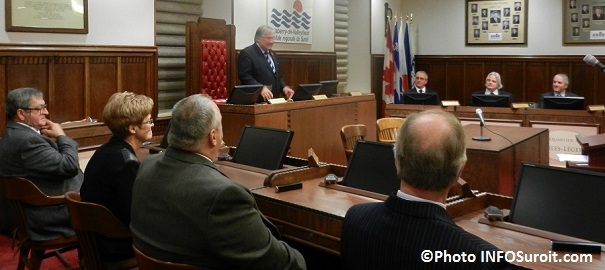Assermentation-conseil-municipal-Valleyfield-discours-Denis_Lapointe-Photo-INFOSuroit_com