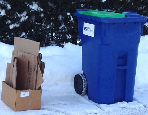 http://www.infosuroit.com/wp-content/uploads/2013/12/Cueillette-surplus-de-carton-collecte-selective-bac-recuperation-Photo-courtoisie-MRC-Beauharnois-Salaberry.jpg