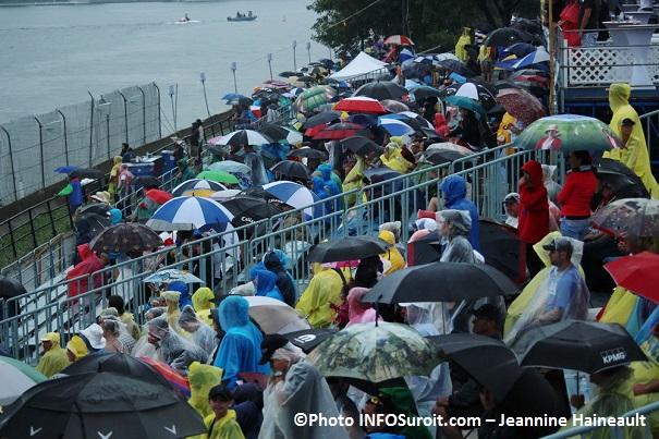 Regates-de-Valleyfield-13-juillet-2014-sous-la-pluie-Photo-INFOSuroit_com