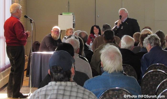 rencontre citoyenne Rigaud 2020 echange maire et citoyen 15 novembre 2014 Photo INFOSuroit_com