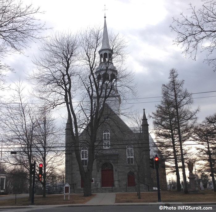 Eglise Saint-Michel de Vaudreuil automne 2014 Photo INFOSuroit_com