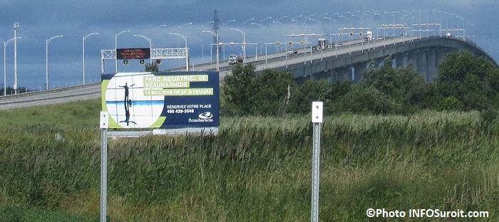 Beauharnois terrains industriels a vendre pont Madeleine-Parent A30 Photo INFOSuroit_com
