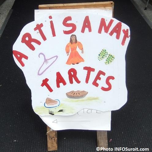 Bazar-en-fete-a-Saint-Louis-de-Gonzague-affiche-artisanat-tartes-Photo-INFOSuroit