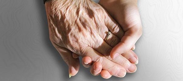 Mains-entraide-soutien-photo-Pixabay-publiee-par-INFOSuroit_com