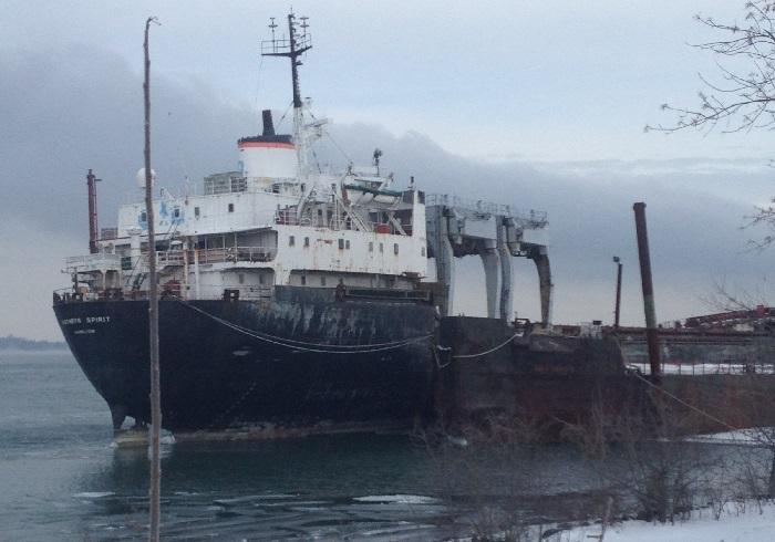 cargo epave bateau Kathryn_Spirit a Beauharnois janvier 2015 Photo courtoisie