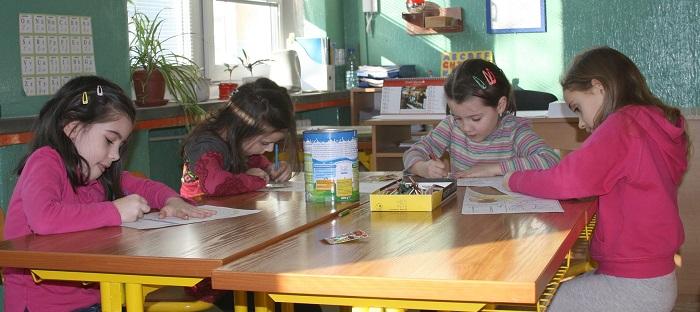 enfants eleves ecole primaire Photo Pixabay via INFOSuroit_com