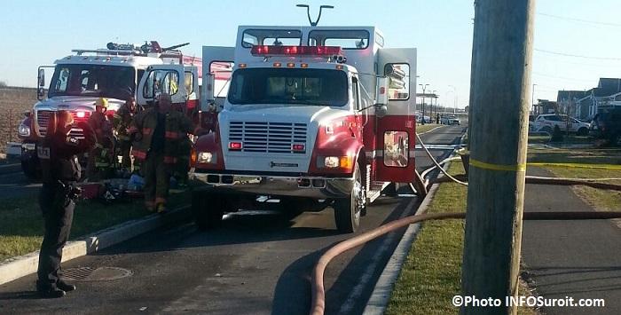 Beauharnois incendie chemin du Canal pompiers camions Photo INFOSuroit