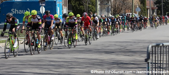Criterium cycliste Beauharnois Open Maitre Junior et Senior Photo INFOSuroit-Jeannine_Haineault