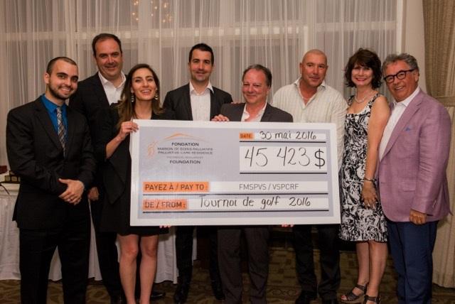 devoilement-cheque-tournoi-golf-maison-des-soins-palliatifs-photo-Myriam-Frenette