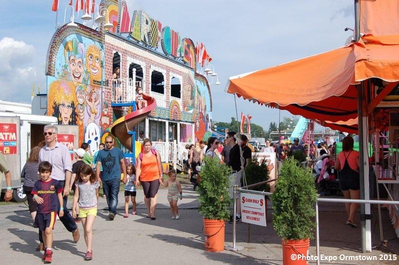 expo Ormstown manege et visiteurs Photo courtoisie expoormstown_com