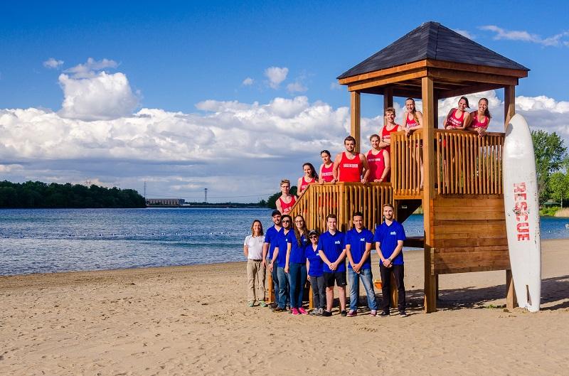 personnel plage et parc regional des iles de St-Timothee Photo courtoisie SdV