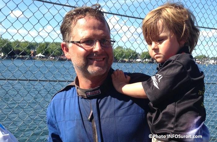 Regates course Hydro 350 gagnant Kent_Henderson H777 Steeler avec son fils Photo INFOSuroit_com