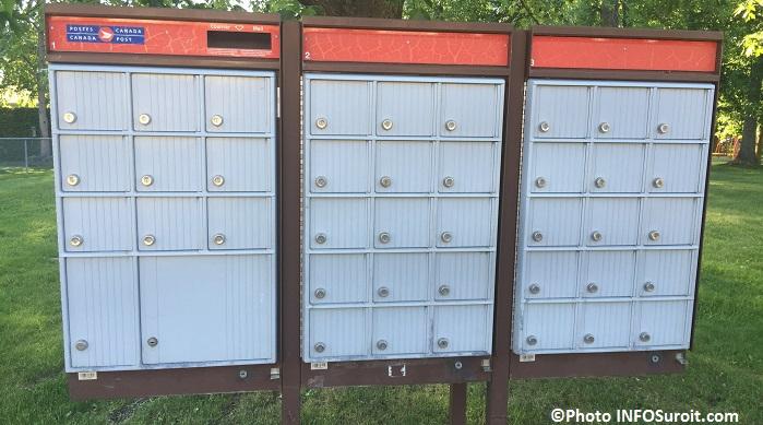 boites aux lettres communautaires Postes Canada a St-Timothee Photo INFOSuroit_com