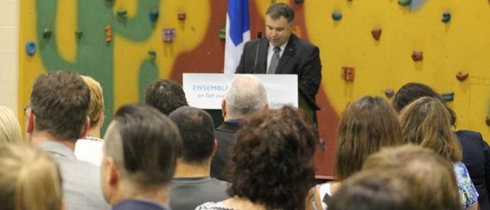 Ministre Sebastien Proulx a Chateauguay photo courtoisie