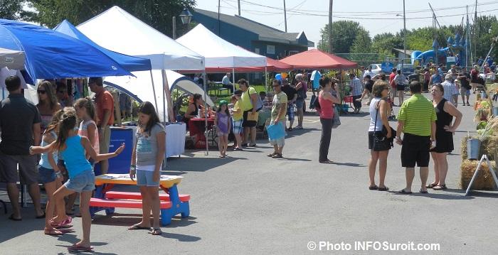 Sainte-Martine kiosques jeux familles visiteurs fete des moissons Photo INFOSuroit