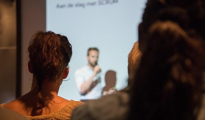 formation-atelier-classe-cours-professeur-photo-pixabay-via-infosuroit