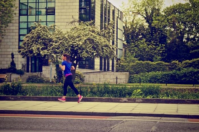 ville-sante-jogging-verdure-photo-picography-via-pixabay