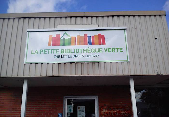 enseigne-lapetitebibliothequeverte-a-huntingdon-photo-courtoisie-via-facebook