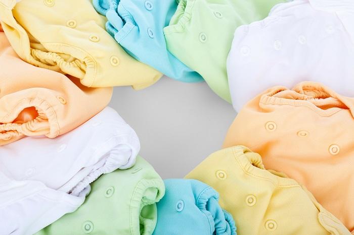 couches lavables en couleur Photo PublicDomainPictures via Pixabay