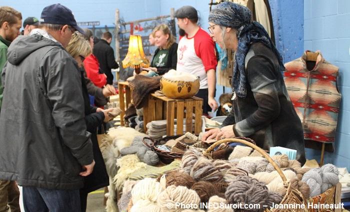 marche fermier comte Huntingdon marche hiver laine alpaga Photo INFOSuroit-Jeannine_Haineault