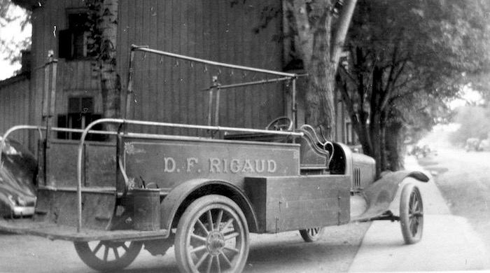 vieux-camion-pompiers-rigaud-patrimoine-histoire-photo-courtoisie-rigaud