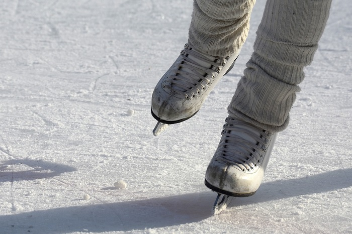 patinage patins glace hiver Photo Annca via Pixabay