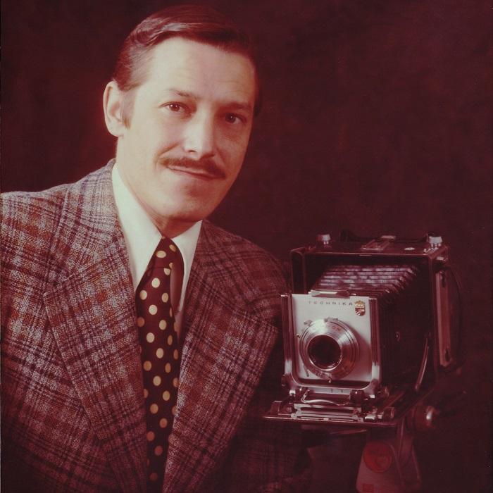 autoportrait Michel_Laquerre avec camera Linhof Photo courtoisie MRVS