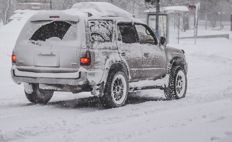 vus neige tempete hiver Photo Janeb13 via Pixabay