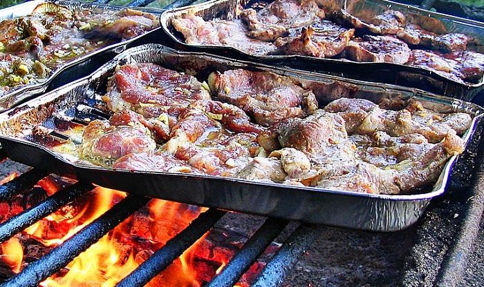 grillades viandes barbecue Photo Jerzi_Gorecki via Pixabay