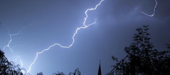 tempete eclair orage Photo AgencjaAIAC via Pixabay