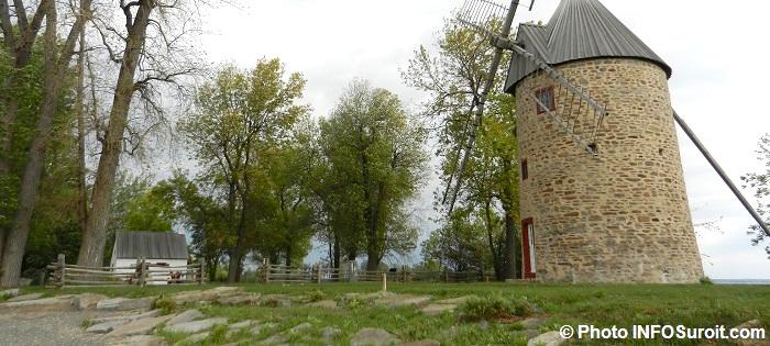 Maison-et-Moulin-Parc-historique-Pointe-du-moulin-Ile-Perrot-Photo-INFOSuroit