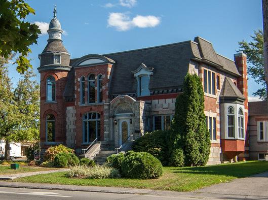 Maison patrimoniale rue Salaberry a Valleyfield photo courtoisie SdV