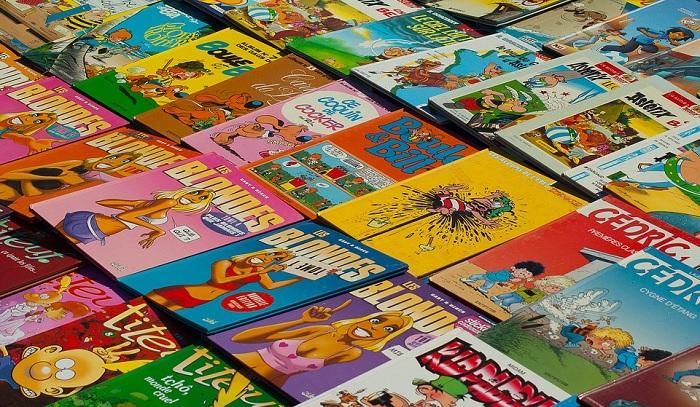 brocante vente_garage marche_aux_puces livres bandes_dessinees Photo Jackmac34 via Pixabay