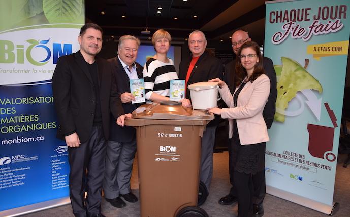 elus MRC Beauharnois-Salaberry et Roussillon bac brun compost Photo MRC BhS