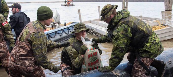 Tat d urgence rigaud avis d vacuation maintenu - Sac de sable inondation ...