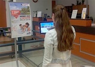 Bibliotheque Valleyfield 2017 borne_interactive infolettre MichelleNadonLevasseur Photo courtoisie SdV