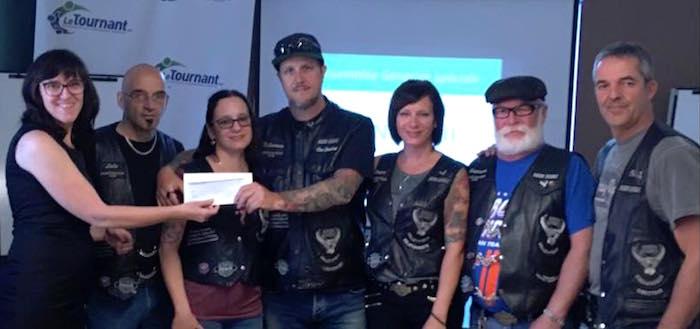 Bikers_Quebec de Valleyfield remise cheque LeTournant juin 2017 photo courtoisie