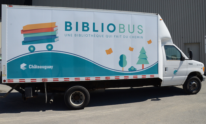 Camion Bibliobus Chateauguay lecture livres Photo Ville Chateauguay