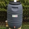 Des milliers de barils récupérateurs d'eau de pluie à rabais