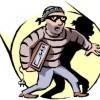 Séries de vols dans des véhicules : La police arrête 3 suspects à Mercier