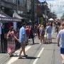 La rue Victoria en mode Régates : Vente-trottoir et animation